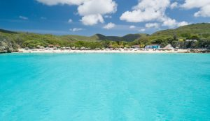 Curacao weather in the summertime