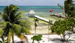 beach-ambergris-caye-belize