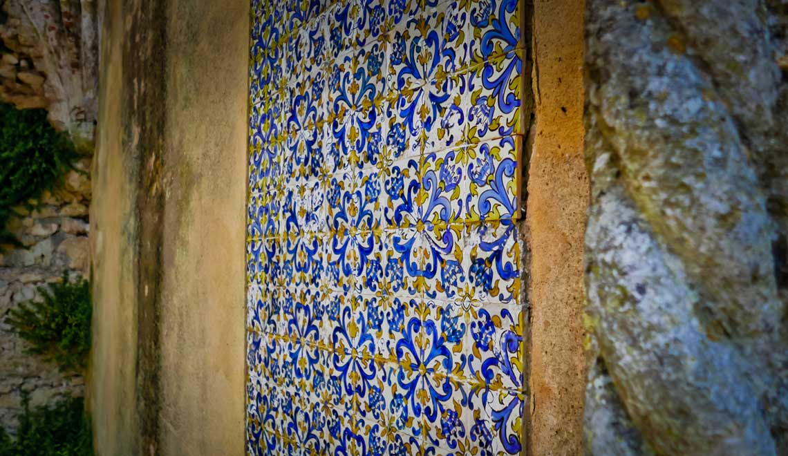 Wall tiles at Castelo de Palmela