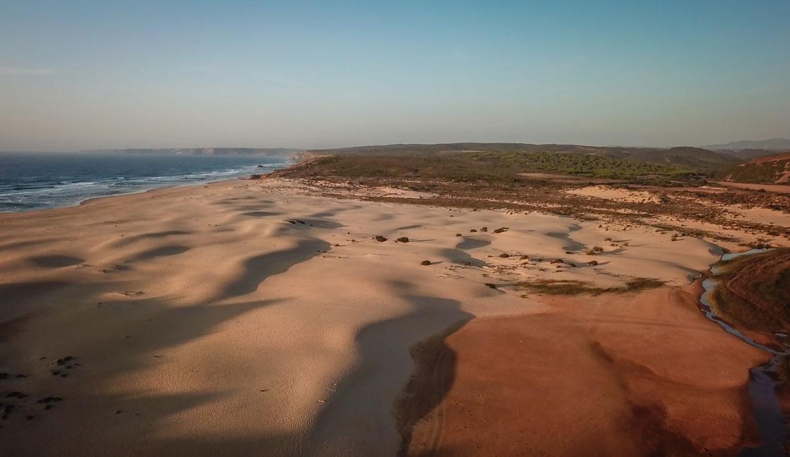 Praia Bordeira in Aljezur